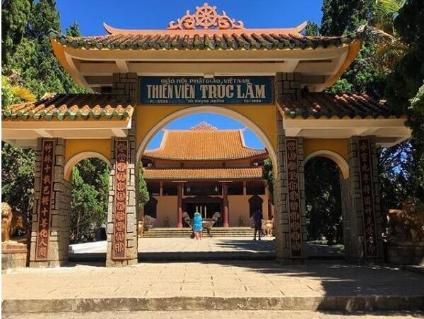 Du lịch Tâm linh viếng thăm Thiền Viện Trúc Lâm